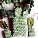 Pöttyös Panna ékszerszett, Ékszer, Medál, Karkötő, Fülbevaló, Kétféle zöld és fehér FIMO ékszergyurmából készítettem ezt a szettet: medált, fülbevalót, gyűrűt és ..., Meska