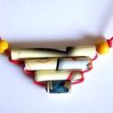 Bézs medál újrahasznosított papírból, Ékszer, Medál, Nyaklánc, A négyrészes medál anyaga újrahasznosított papír (éppen a Quiling-papírok prospektusából kivágva). S..., Meska
