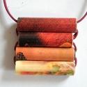 Forró ősz medál újrahasznosított papírból, Ékszer, Medál, A négyrészes medál anyaga újrahasznosított papír (éppen egy Nutella-reklám prospektusából kivágva). ..., Meska