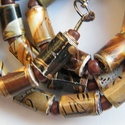 Arany ősz nyaklánc újrahasznosított papírból, Ékszer, Nyaklánc, A nyaklánc hengeres gyöngyei újrahasznosított papírokból (reklámanyagok, prospektusok) készültek.  A..., Meska