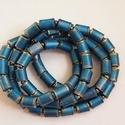 Égszínkék nyaklánc újrahasznosított papírból, A nyaklánc hengeres gyöngyei újrahasznosított ...