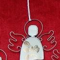 Karácsonyi porcelán angyalka , Dekoráció, Ünnepi dekoráció, Karácsonyi, adventi apróságok, Karácsonyfadísz, Újrahasznosított alapanyagból készült termékek, Mindenmás, Különleges technikával készített,  Karácsonyfa dísz  porcelán angyalka! Az újrahasznosítás jegyében..., Meska
