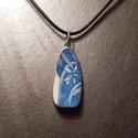 porcelán medál, Ékszer, Medál, Nyaklánc,  Különleges technikával készített porcelán medál. Az újrahasznosítás jegyében született ..., Meska