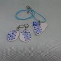 porcelán ékszer garnitúra, Ékszer, Ékszerszett, Ékszerkészítés, Újrahasznosított alapanyagból készült termékek, Kék fehér porcelán ékszer garnitúra  medál mérete  : 3,5 cm x 2,5 cm  selyemzsinóron  fülbevaló kap..., Meska