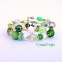 Nature love - zöld - fehér karkötő válogatott gyöngyökből, Kétsoros memóriadrótra fűztem mindenféle mér...