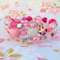 Candy Star - édes rózsaszín karkötő válogatott gyöngyökből, Ékszer, Karkötő, Kétsoros memóriadrótra fűztem mindenféle méretű, formájú rózsaszín, fehér és átlátszó gyöngyöt. Van ..., Meska