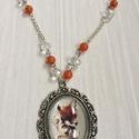 Róka-lány nyaklánc jáde ásványgolyókkal, Ékszer, óra, Nyaklánc, Gyönyörű festmény kicsinyített mását tettem egy üvegpasztilla mögé. Az üveg azt szolgálj..., Meska