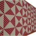 Pöttyös-fehér egyedi patchwork falvédő, Otthon, lakberendezés, Dekoráció, Lakástextil, Falvédő, Patchwork, foltvarrás, Varrás, Egyedi készítésű falvédő. 3 rétegű, középen (kb.2cm vastag, 200g-os) flíz található, ami tartást ad..., Meska
