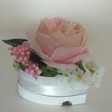 Mini virágbox, Dekoráció, Esküvő, Szerelmeseknek, Ünnepi dekoráció, Készülhet szülőköszöntő ajándéknak édesanyáknak, nagymamáknak, de kérheted születésna..., Meska