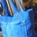 Farmer női táska, Táska, Válltáska, oldaltáska, A táska farmernadrágból készül. Fő motívuma a nadrág farzseb mintája. Mérete: 40x25 cm,bő..., Meska