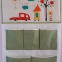Egyedi,sokzsebes textil tároló,falikép,gyerekszobai dekoráció, Gyerek & játék, Baba-mama kellék, Gyerekszoba, Tárolóeszköz - gyerekszobába, Falvédő, takaró, Varrás, Egyedi tervezésű és készítésű nagy zsebes textil tároló baba és gyerekszobába.Praktikussága mellett..., Meska