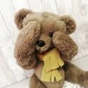 Simon, Játék & Gyerek, Plüssállat & Játékfigura, Maci, Baba-és bábkészítés, Simon 37 cm magas medvebocs. Műszőrméből készült. Biztonsági szemekkel és orral.  Fejecskéje és vég..., Meska