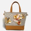 Lara Ferrano Crystal 01 ásvány táska nemez díszítéssel, Táska, Válltáska, oldaltáska, Ehhez a táskához citrin köveket használtam. Mint egy csillagösvényt, úgy hintettem rá az anyagra és ..., Meska