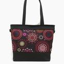 Base-bag 32 mandala mintás fekete női nagytáska, Táska, Válltáska, oldaltáska, Fekete alapon színes mandalák díszítik ezt a szép táskát. A ragyogó színekben pompázó mandalák felél..., Meska