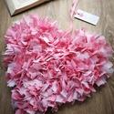 Szív dekoráció, Otthon, lakberendezés, Dekoráció, Ajtódísz, kopogtató, Dísz, Csomózás, Készítettem egy rózsaszín/fehér színben pompázó dekorációt, melyet lakásod, esetleg üzleted dekorál..., Meska