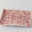 Floral kerámia szappantartó pink szögletes, Dekoráció, Szépségápolás, Fürdőszobai kellék, Közel két éve tartó szerelem a kerámia tárgyak készítése. Ezen a polcon szeretném eladásra kínálni p..., Meska