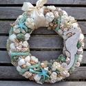 """,,Beach"""" kopogató, Otthon, lakberendezés, Ajtódísz, kopogtató, Virágkötés, A tengerpart ihlette ,,Beach"""" fantázia nevű kopogtatót, száraz termések mellett, 4 fajta kagyló is ..., Meska"""