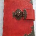 Antikolt piros bőrös könyv, Naptár, képeslap, album, Jegyzetfüzet, napló, Kézműves könyvkötéssel készített, valódi bőrből. 11 cm X 15 cm   300 sima lapból áll. Mi..., Meska