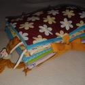 Készségfejlesztő textil könyvecske LÁNYOS - rendelhető , Baba-mama-gyerek, Játék, Készségfejlesztő játék, Készségfejlesztő textil baba/kisgyermek könyv, ügyesíti a kis kezeket, tanít okosít. 9 oldal..., Meska