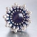 Csillagpor - gyöngy hímzett gyűrű, Ékszer, Képzőművészet, Gyűrű, Blue Sand Quartz a közepe ennek a gyűrűnek. Olyan mindha  az  esti égbolton az összes csillag együtt..., Meska