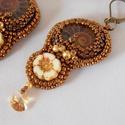 Ammonite - gyöngy hímzett fülbevaló, Ékszer, Képzőművészet, Fülbevaló, Csodálatosak  ezek az Ammonitok.  Megkövesedett kagylók . Gyönyörű  , finom rajzolatuk van.  Nagyon ..., Meska