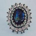 Labradorite - gyöngy hímzett gyűrű, Csodás, kék fényű labradorittal készítettem ...