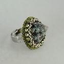 Nyár végi akció! Seashell - gyöngyhímzett gyűrű, Ékszer, Képzőművészet, Gyűrű, Most ezt a gyűrűt 3500ft helyett 2800ft-ért vásárolhatod meg .  Ha már nem elég , hogy szép. Akkor k..., Meska