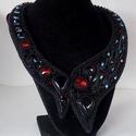 Scarlet -gyöngy hímzett nyakék, Ékszer, Képzőművészet, Nyaklánc, Igazi klasszikus színösszeállítás modern köntösben. Fekete onix kövek és rengeteg swarovski kristály..., Meska