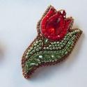 Piros tulipán -gyöngy hímzett bross-kitűző, Igazi tavaszi gyönyörűség ez a bross. Tavaszi ...