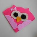 Baglyos könyvjelző, Naptár, képeslap, album, Könyvjelző, Varrás, Pink és rózsaszín filcanyagból készítettem ezt az aranyos kis könyvjelző baglyot. Vidám, kedves fig..., Meska