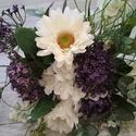 Fehér-lila csokor, Esküvő, Dekoráció, Esküvői csokor, Csokor, Virágkötés, Sokféle virágból kötöttem ezt a fehér - lila csokrot annak, aki kezében szeretné tartani akár az es..., Meska