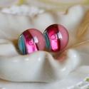 Menta - málna bedugós üveg fülbevaló, Ékszer, óra, Ruha, divat, cipő, Fülbevaló, Ékszerkészítés, Üvegművészet, Telt türkizzöld, rózsaszín és áttetsző málna színű üvegdarabokból áll a fülbevaló, melyeket aprólék..., Meska