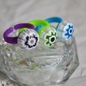 Millefiori üveg gyerek gyűrű szett, Ékszer, Ruha, divat, cipő, Baba-mama-gyerek, Gyűrű, 3 db vidám gyerek gyűrű alkotja a csomagot, melyeket különböző színű Millefiori virágokbó..., Meska