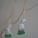 Nyuszi kereszteszemesen, Dekoráció, Otthon, lakberendezés, Ünnepi dekoráció, Húsvéti apróságok, Nyuszis felakasztható dekoráció húsvétra - tavaszra.  A nyuszi eleje keresztszemes hímzéssel készült..., Meska