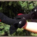 Éjfuria sárkány zokni, Mindenmás, Ruha, divat, cipő, Furcsaságok, Kötés, Varrás, Rendelésre készülő sárkány zokni. , Meska