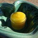 Mézes ajakápoló balzsam, Mindenmás, Igazán finom, bőrtápláló balzsamot sikerült készítenem méhviaszból, sárgabarackmag olajból, mandula ..., Meska