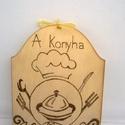Konyha mestere falikép, Dekoráció, Férfiaknak, Dísz, Konyhafőnök kellékei, Konyha mestere falikép egy vidám konyhai kiegészítő.Pirográf technikával dekorált és szalag akasztóv..., Meska