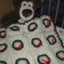 Horgolt babatakaró Karácsonyra, Baba-mama-gyerek, Gyerekszoba, Falvédő, takaró, Gyapjú műszál keverékből készült ez a bájos babatakaró.  Tudom, hogy még korán van hozzá, de a baba ..., Meska