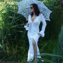 Menyasszonyi  ruha a csipkék varázslatában, Esküvő, Ruha, divat, cipő, Menyasszonyi ruha, Esküvői ruha, Horgolás, Egyedi megrendelésre készült ez a csodálatos 100% pamut uszályos ruha.  Kiegészítőként az esernyőt ..., Meska