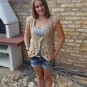 Country stílusú mellény, Ruha, divat, cipő, Női ruha, Felsőrész, póló, 100% gyapjúból készült ez a horgolt mellény, amit mintája tesz különlegessé. S-L méretig jó. Nagy fa..., Meska