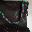 Design alkalmi táska különleges anyagból., Táska, Válltáska, oldaltáska, Design alkalmi táska különleges szövésű textilből. Vállpántja díszített. Bélése taft,é..., Meska