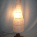 Lámpa, Otthon, lakberendezés, Lámpa, Asztali lámpa, Hangulatlámpa, Famegmunkálás, Fémmegmunkálás, A lámpa 77 cm * 20 cm. A búra papírból van, a lámpatest fából. Dekoratív erős fényerővel rendelkező..., Meska