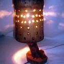 Lámpa, Otthon, lakberendezés, Lámpa, Asztali lámpa, Hangulatlámpa, Famegmunkálás, A lámpa méretei: 23 cm * 11 cm.  A talpfa és a lámpatest galagonyából, a búra egy régi famozsárból ..., Meska