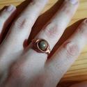 Unakit és réz, Ékszer, óra, Esküvő, Ruha, divat, cipő, Gyűrű, Fix méretű vörösréz gyűrű Unakit ásvánnyal díszítve. A kő elősegíti a regenerálódást. A réz természe..., Meska