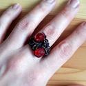 A vörös báróné, Ékszer, Esküvő, Ruha, divat, cipő, Gyűrű, Többsoros, Swarovski kristályokkal díszített gyűrű. 4 sor drótot fűztem össze majd körbetekertem és ..., Meska