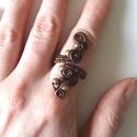 Pezsgő gyöngyök, Ékszer, Esküvő, Gyűrű, 3 szál rézdrótból tekergetett, hajlított gyűrű. Mérete állítható. A sárga és vörösré..., Meska