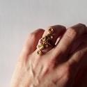 Sárga és vörös - állítható gyűrű rézdrótból, Ékszer, Esküvő, Gyűrű, Állítható rézgyűrű sárgarézből, vörösréz szállal van összefűzve. Nagyon passzol szőke vagy világos h..., Meska