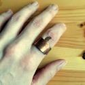Örvény - kalapált réz gyűrű, Ékszer, Esküvő, Gyűrű, Rézlemezből hajlított, kalapált gyűrű spirálmintával. Átlagos középső vagy mutató ujjra való. Belső ..., Meska