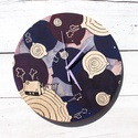 Bolygók - festett falióra, Anyák napja, Otthon, lakberendezés, Dekoráció, Falióra, óra, Egyedi festett fa óralap, festett mutatókkal. Folyamatos, csendes óraszerkezet amely ceruzaelemmel m..., Meska