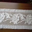 Astali futó, Dekoráció, Otthon, lakberendezés, Asztaldísz, Horgolt fehér színű horgolt terítő. Mérete:58×26 cm ., Meska